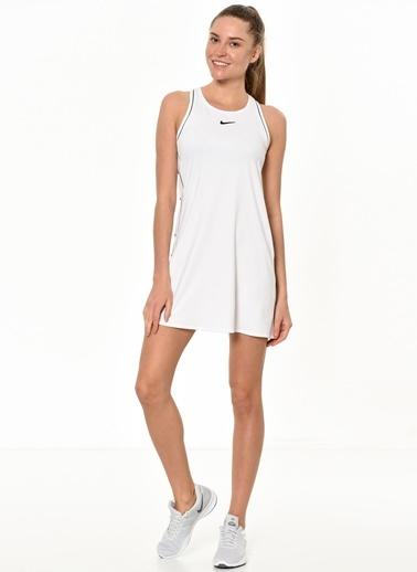 Nike Elbise Beyaz